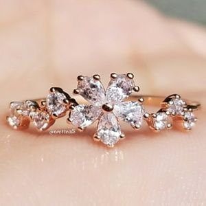 Rose Gold Dainty Diamond Flower Ring